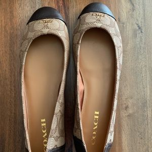 Coach flats - new in box size 9